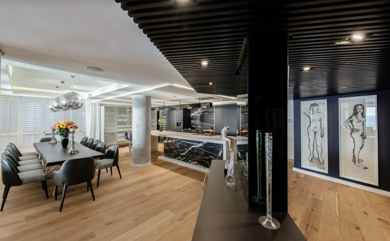 Luxurious Clifton Apartment  (3)
