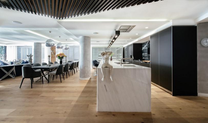Luxurious Clifton Apartment  (4)