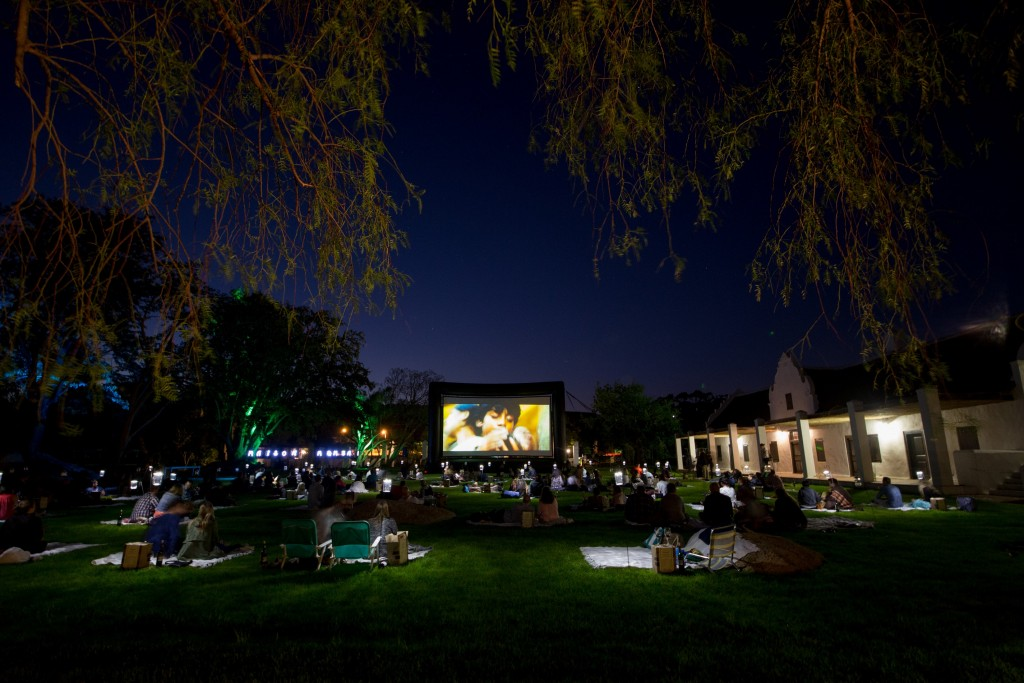 Spier Outdoor Movies 04 (MR)